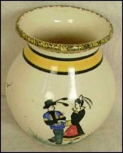 Small Vase dancers Henriot Quimper