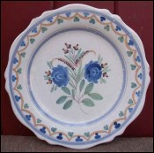 Assiette faience Malicorne vers 1900