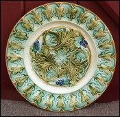 Flowered Acanthus Leaves French Decorative Plate Sarreguemines 1890