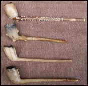 Set of Clay Pipes London Paris 1880