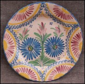 French Henriot Quimper Corbeille Flowered Plate 1930