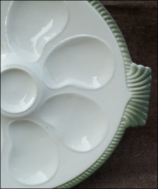 & French Oyster Plate Fish Shaped Faience Longwy 1920