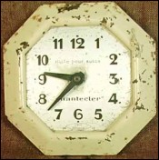 Enameled Tole Advertising Clock Chanteclerc 1950