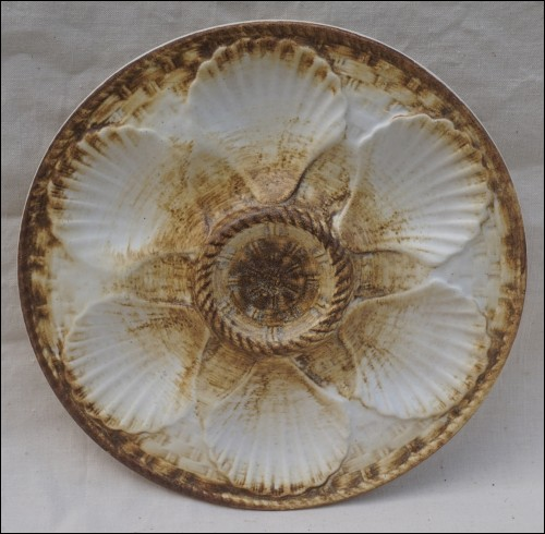 Oyster Plate Faience Brown White Basketweave Longchamp