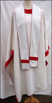 Gothic Chasuble and Stole White Red Wool