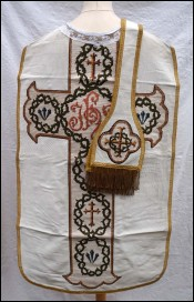 Chasuble with Stole White Silk and Needlepoint Inlayed