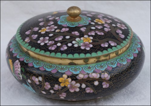 Chinese Enameled Cloisonne Gilt Copper Candy Box Trinket