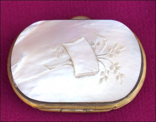 Carved Mother of Pearl Coin Purse 1860 Napoleon III