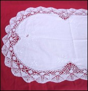 Table Runner Centerpiece Embroidered Cutwork Flower 47 1/4
